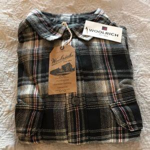 NWT Woolrich button down shirt